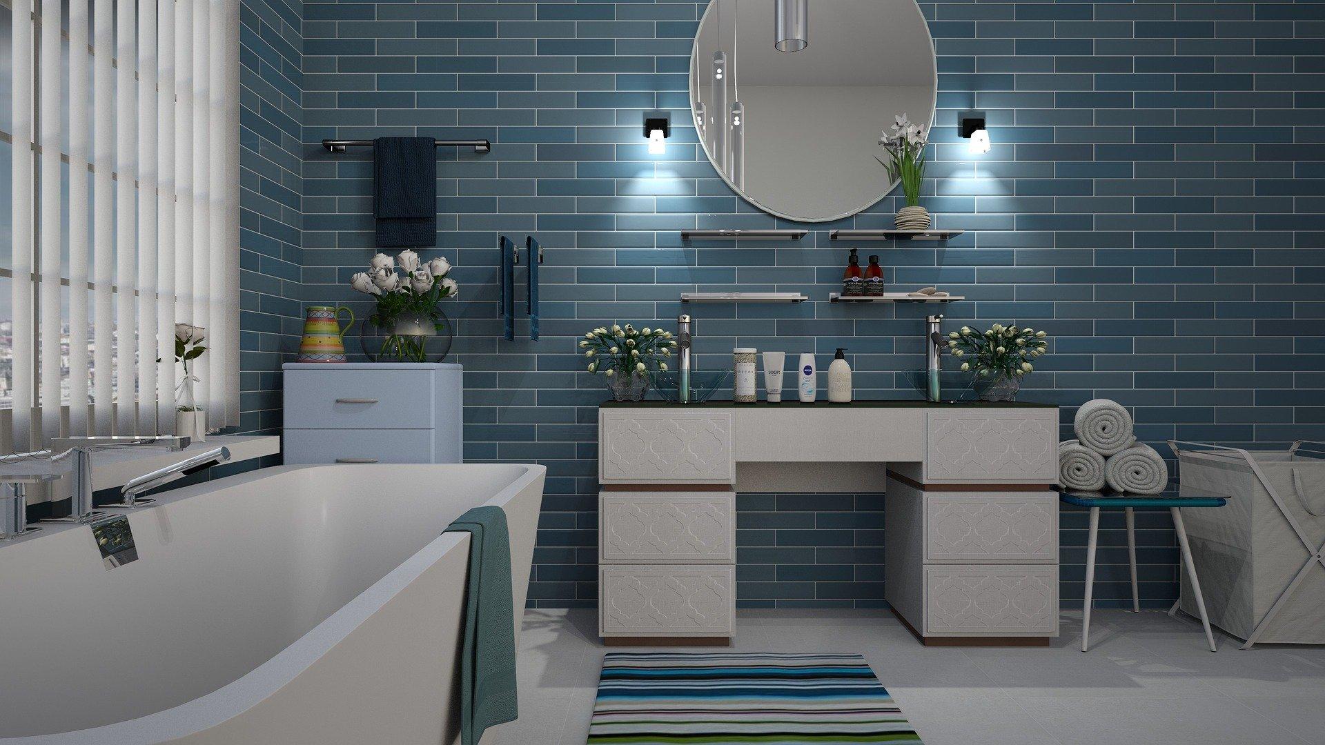 kék-fehér fürdőszoba
