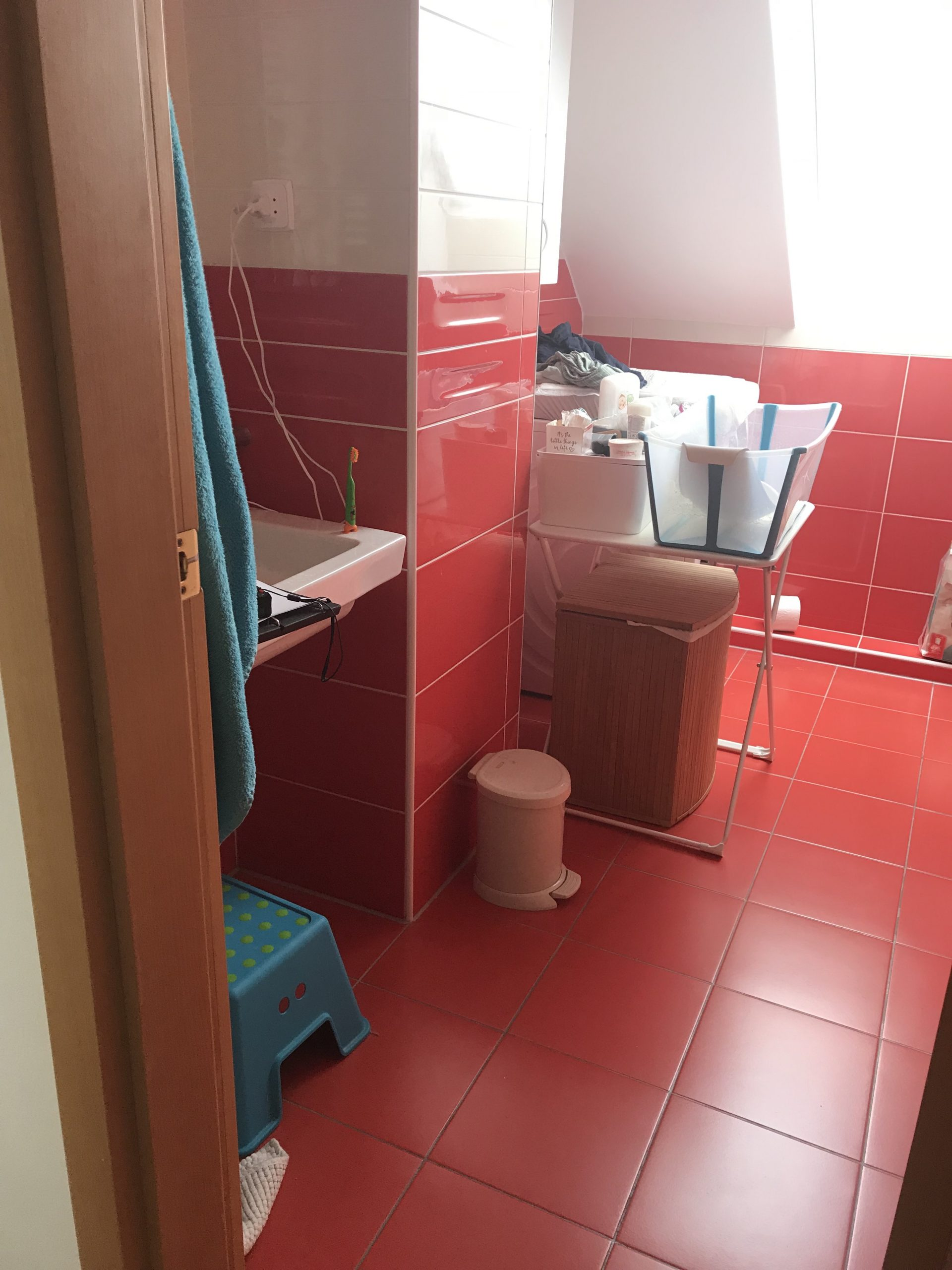 piros fürdő